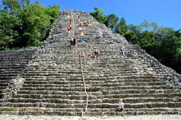 Mexico-Coba-Ixmoja-Pyramid-Tallest-Maya-Temple-Northern-Yucatan-600x398